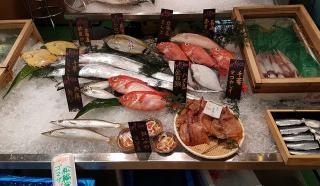 Tsukiji-market-10.jpg