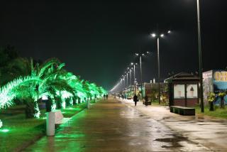 04 - бульвар вдоль моря.JPG