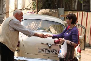 011 - расплата с таксистом.JPG